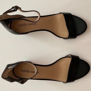 """Isabella Anselmi 2.5"""" High Heels"""